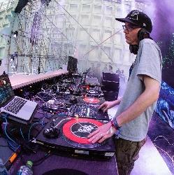 Afbeelding › DJ Sensi